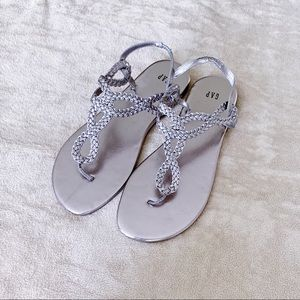 NEW GAP Silver Braided Sandals Size 9